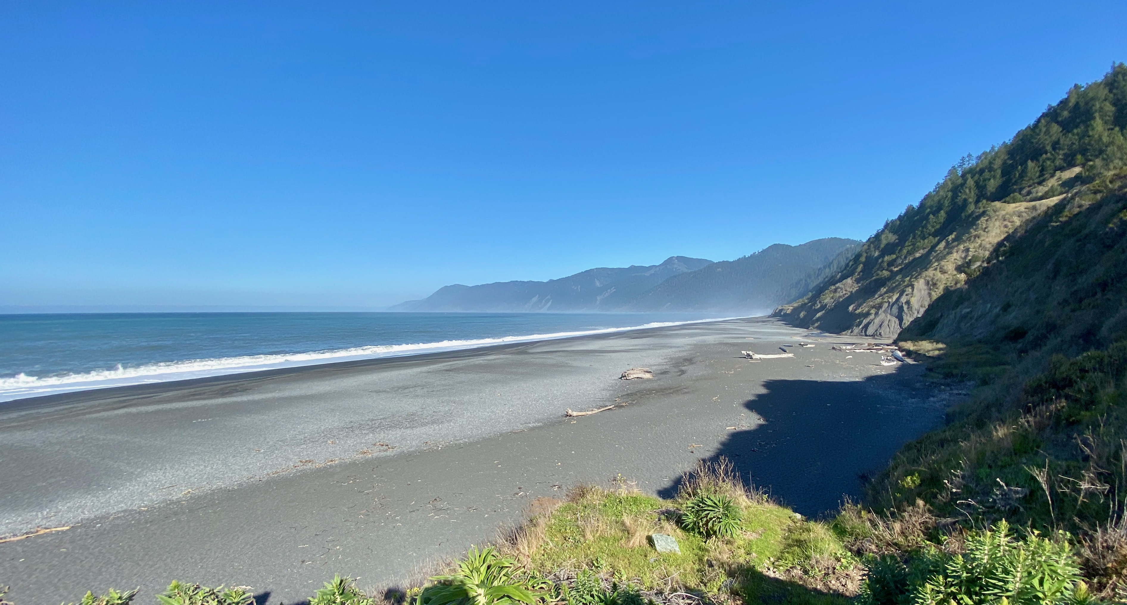View North from Black Sands Trailhead